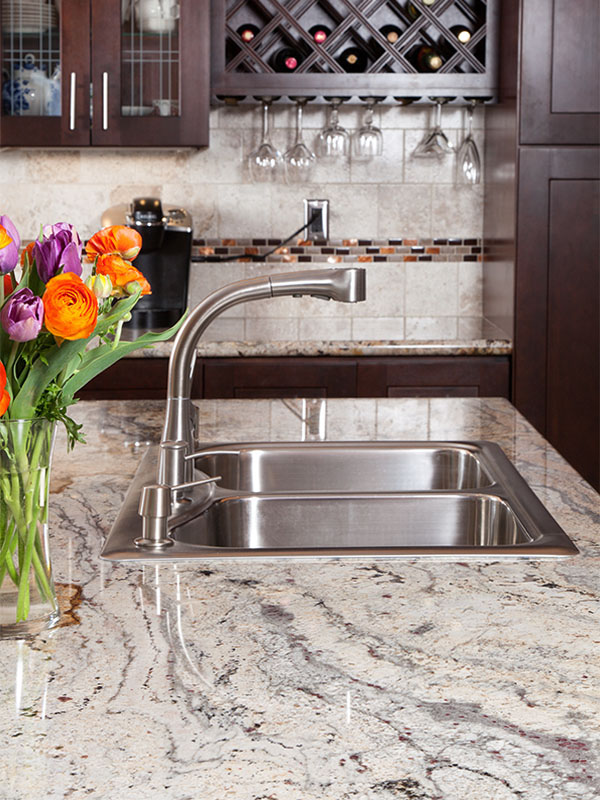 granite, quartz, kitchen, counter, countertop, slab, finished, cabinets, cabinetry, custom, marble, plumbing, fixture, sink, hardware, residential, residence, house, home, interior, building, build, materials, outlet, construction, renovation, renovate, new